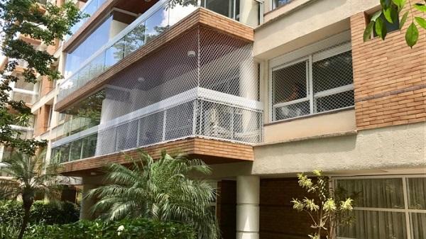 Tela de proteção em prédios