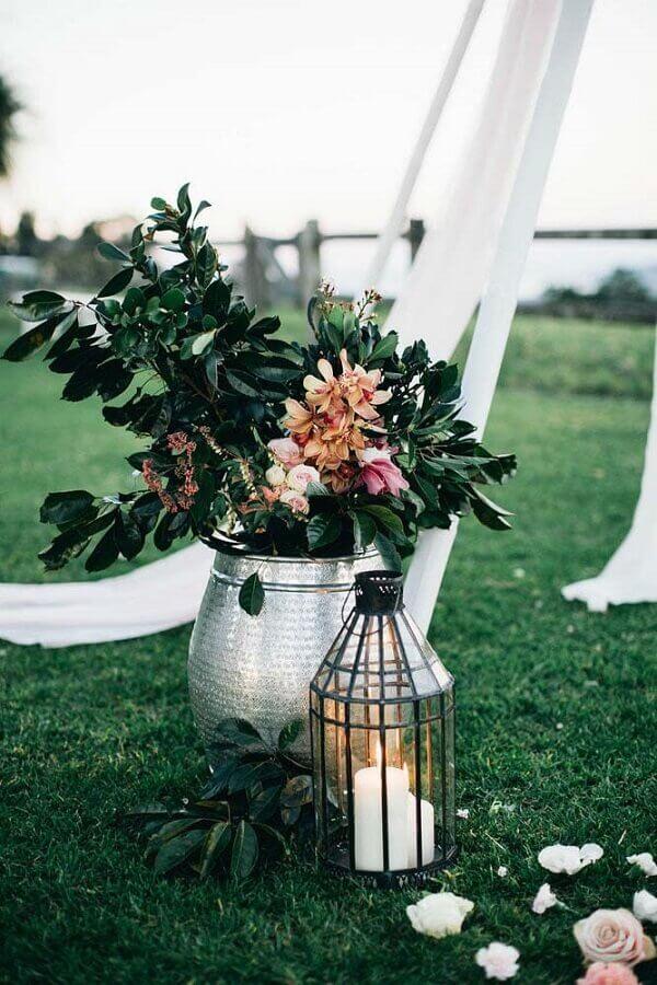 arranjo de flores para decoração de casamento simples ao ar livre Foto Party with Lenzo