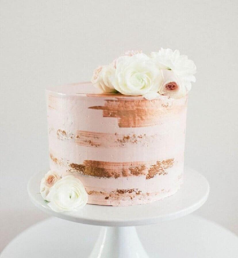bolo decorado com flores brancas para casamento simples Foto Letter Sample