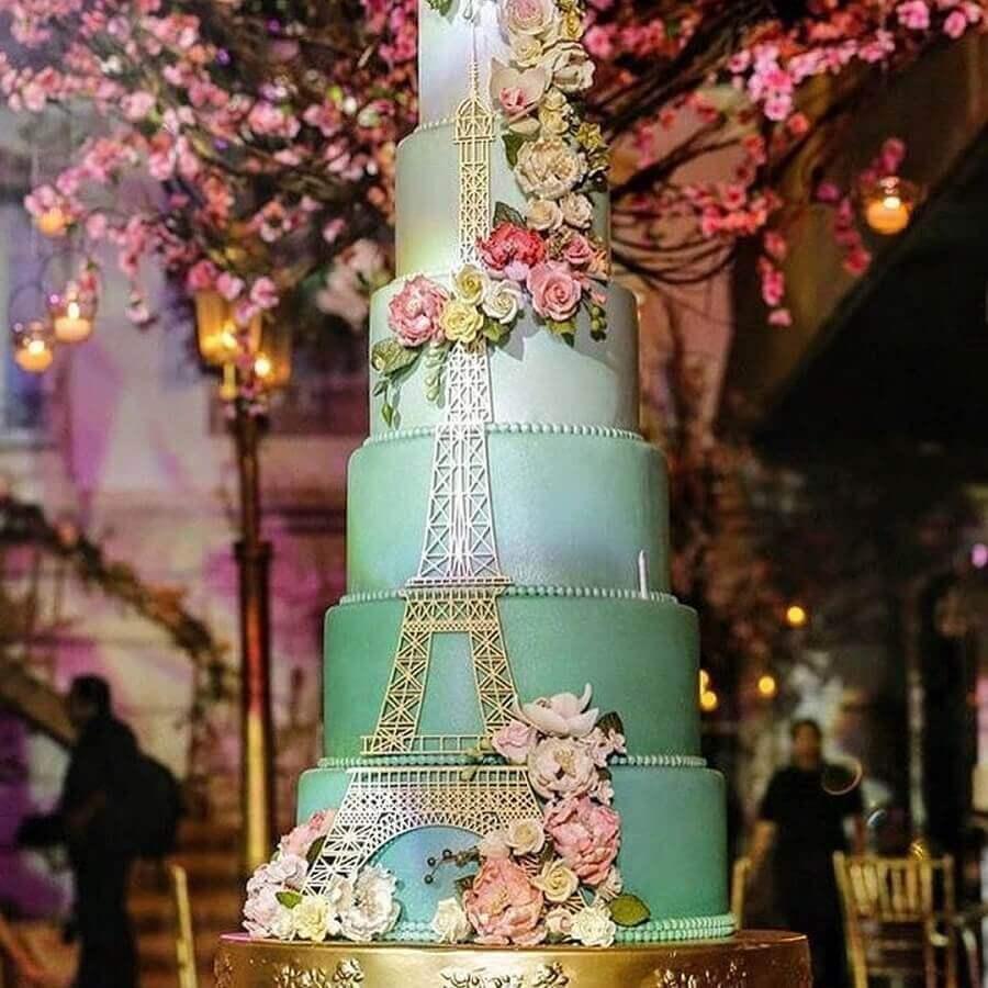 bolos decorados com pasta americana para festa de 15 anos Foto Claudia Moraes Cake Designer