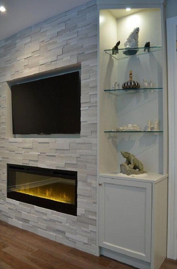 decoração clean com lareira elétrica de embutir Foto Air Freshener
