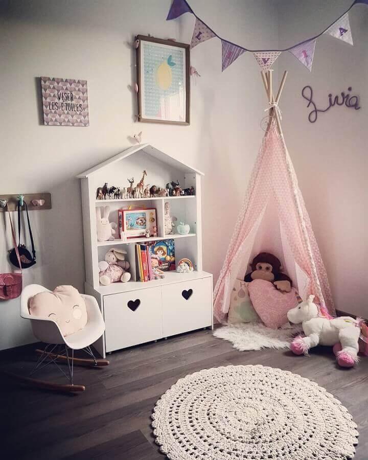 decoração com cadeira de balanço para bebê Foto OHasty's Home