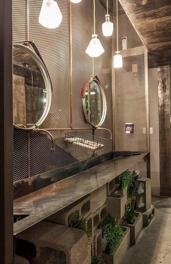 decoração com estilo industrial para banheiro masculino com bloco de concreto Foto Pinterest