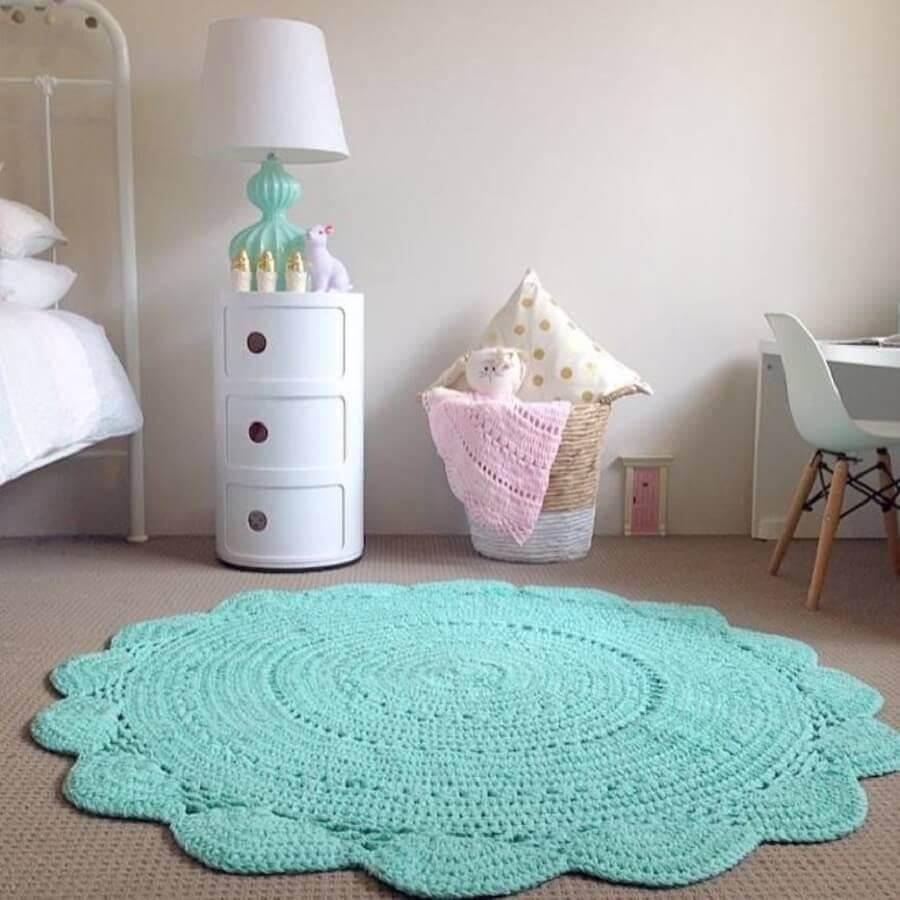 decoração com tapete de crochê verde água para quarto infantil Foto Muito Chique