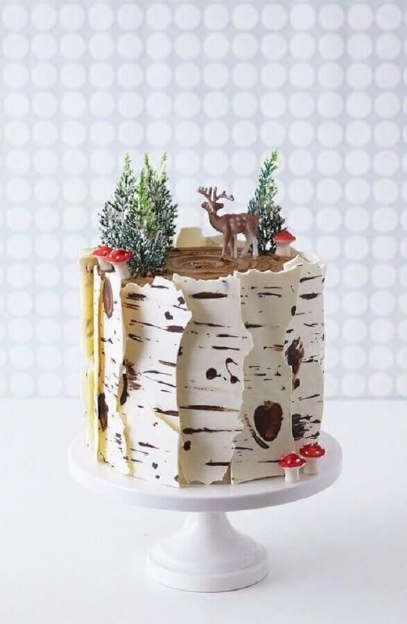 birthday cake decoration with forest theme Photo Mums Make Lists