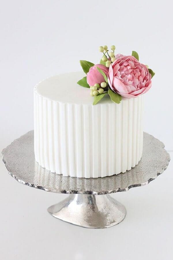 decoração de bolo de casamento pequeno com flor no topo   Foto Polka Dot Bride