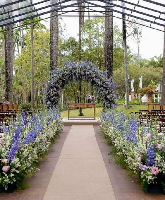 Outdoor Wedding Decoration with Lavandas Foto Paper and Style