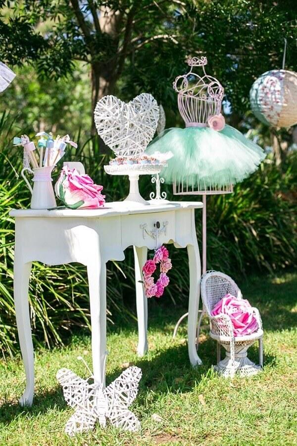 decoração em tons pastéis para festa bailarina ao ar livre Foto Air Freshener