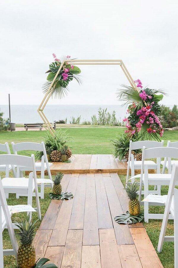 decoração moderna para casamento ao ar livre Foto La Fleur
