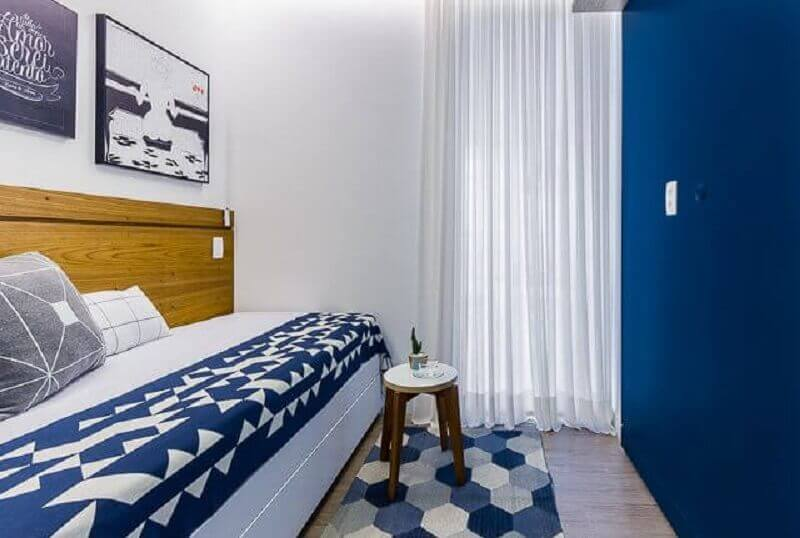decoração neutra para quarto azul e branco Foto Duda Senna
