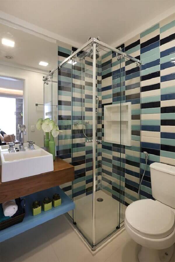 decoração para banheiro masculino com azulejo colorido Foto Dicas Decor