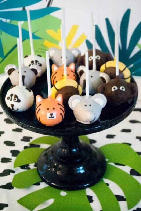 decoração para festa de aniversário infantil com tema animaizinhos da floresta Foto Pinosy