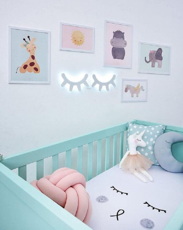 decoração para quarto de bebê com berço verde água Foto Pinterest