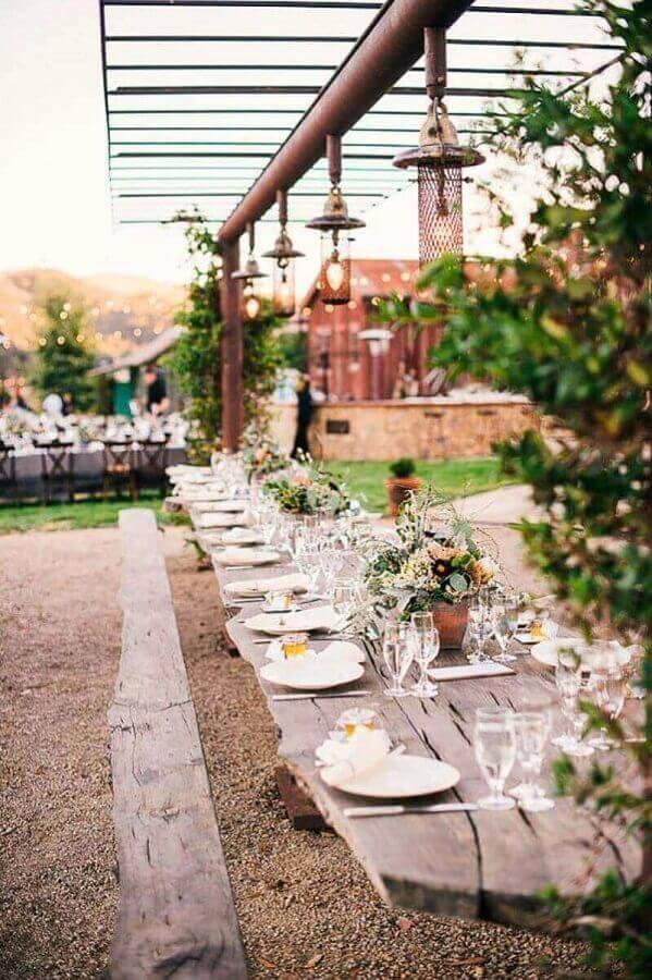 decoração rústica para festa de casamento ao ar livre Foto Papo Glamour