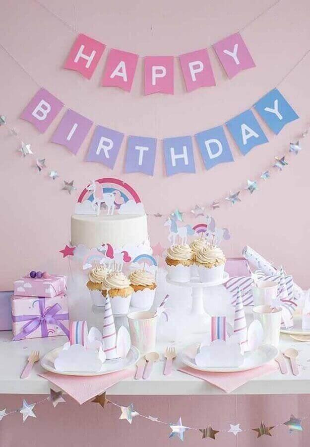 simple unicorn birthday party decoration Foto Pinterest