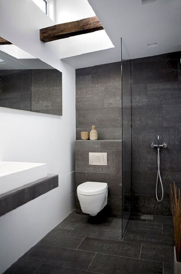 decoração simples para banheiro masculino cinza e branco Foto AECCafe