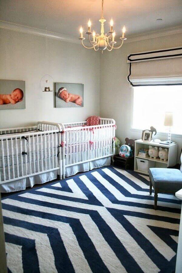 decoração simples para quarto de gêmeos casal Foto The Color Issue