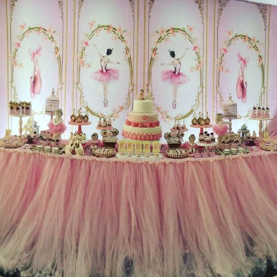 decoração sofisticada para festa bailarina com grande painel Foto Happy Day Cerimonial Infantil