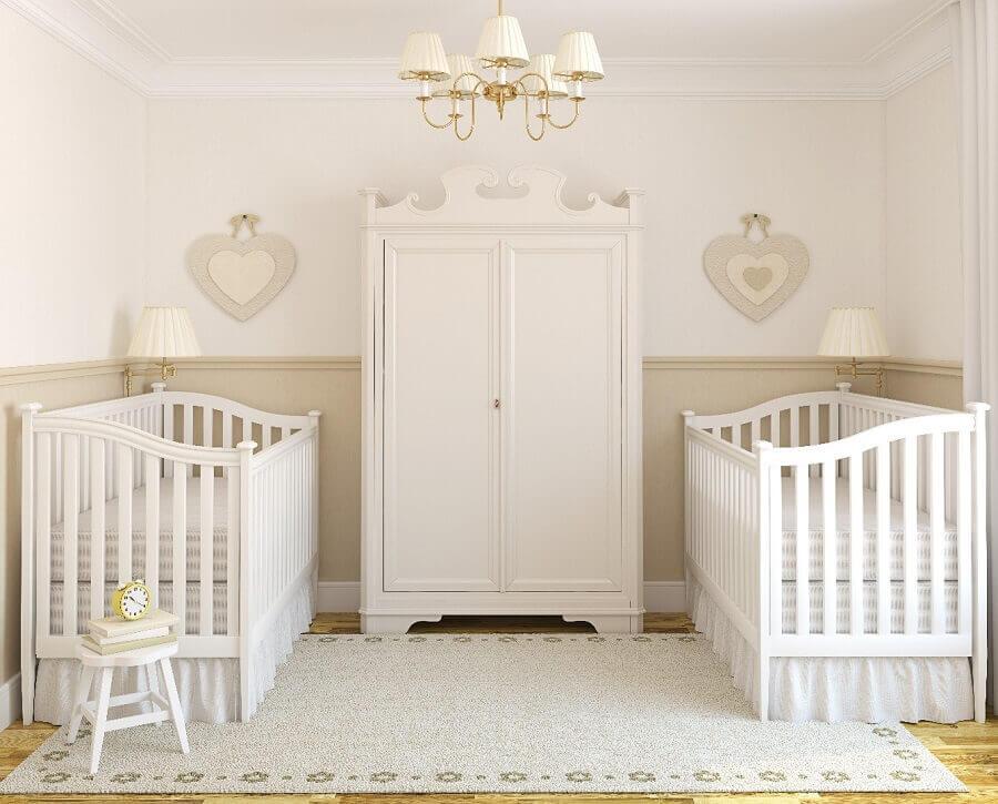 decoração toda branca para quarto de bebê gêmeos Foto Home Coaching