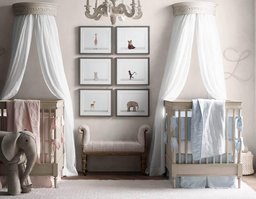 detalhes em rosa e azul para quarto de bebê gêmeos casal todo cinza Foto Empoto