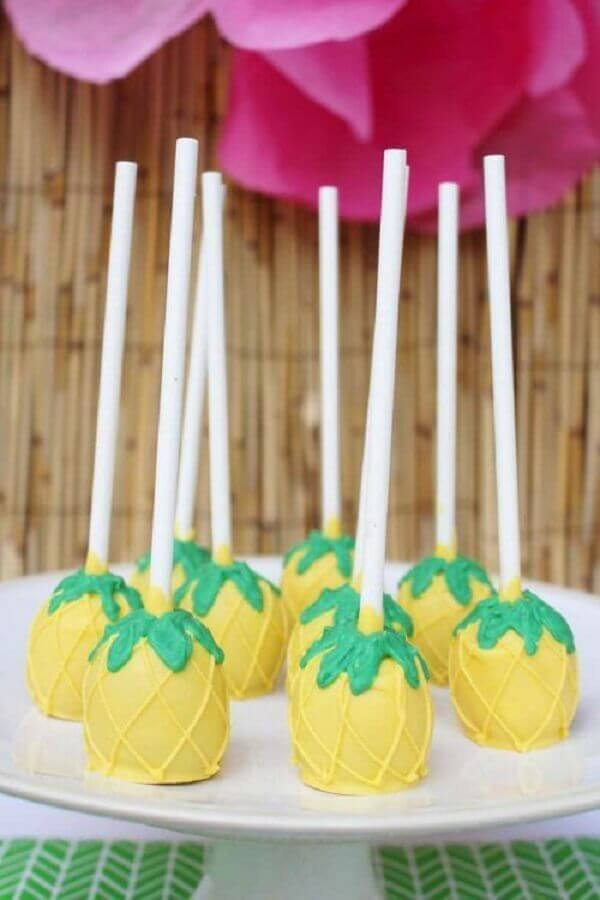 tropical birthday party candies Photo Kara's Party Ideas