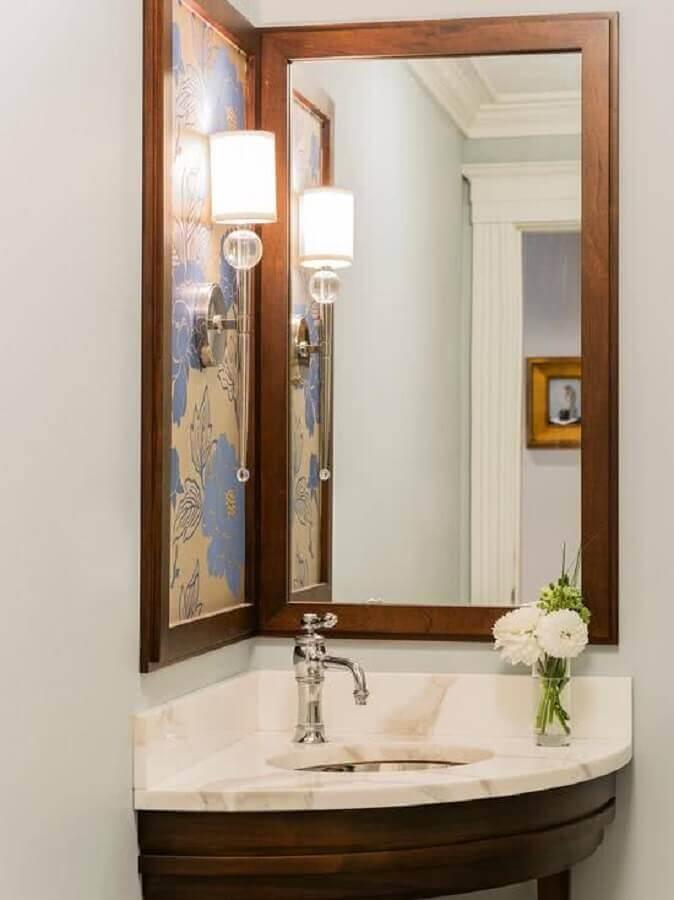espelho para lavabo com moldura de madeira Foto MyDesigning