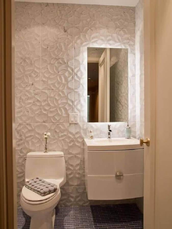espelho para lavabo pequeno decorado com revestimento 3D Foto Ideias para Decorar