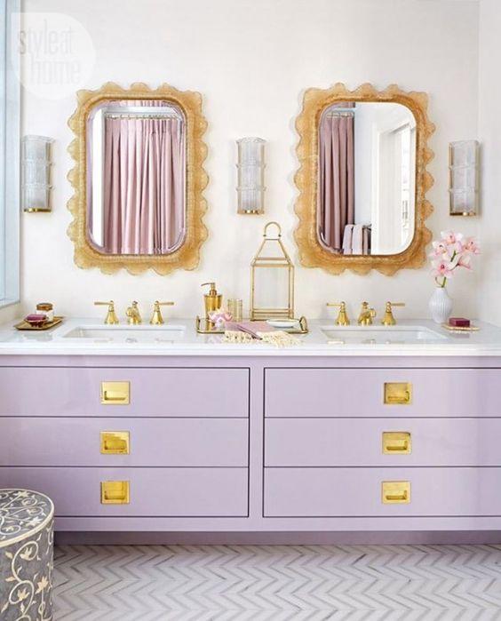 Gabinete cor lilás