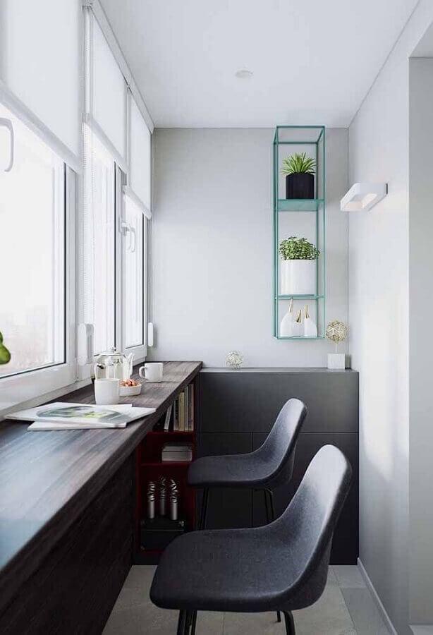 home office pequeno decorado com nicho verde água Foto Pinosy