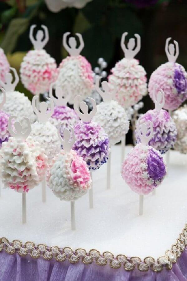 ideia de decoração para festa bailarina lilás Foto Mamãe e Cia
