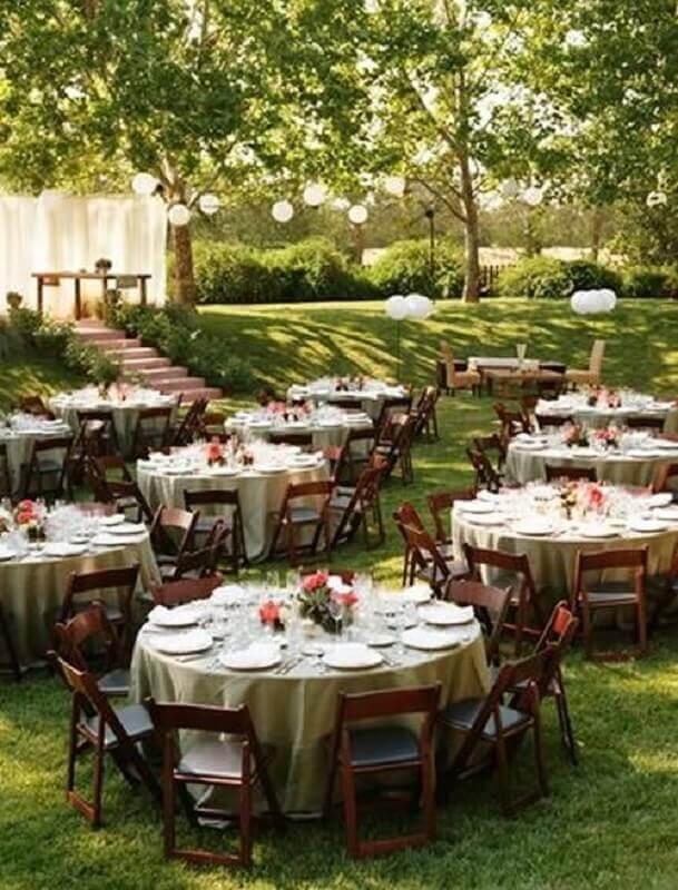 mesas decoradas para festa de casamento ao ar livre Foto Mobilize Eventos