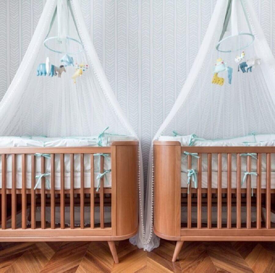 modelo de berço de madeira para quarto de bebês gêmeos Foto Ameise Design