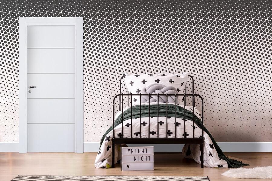 modelo de porta para decoração de quarto preto e branco com papel de parede