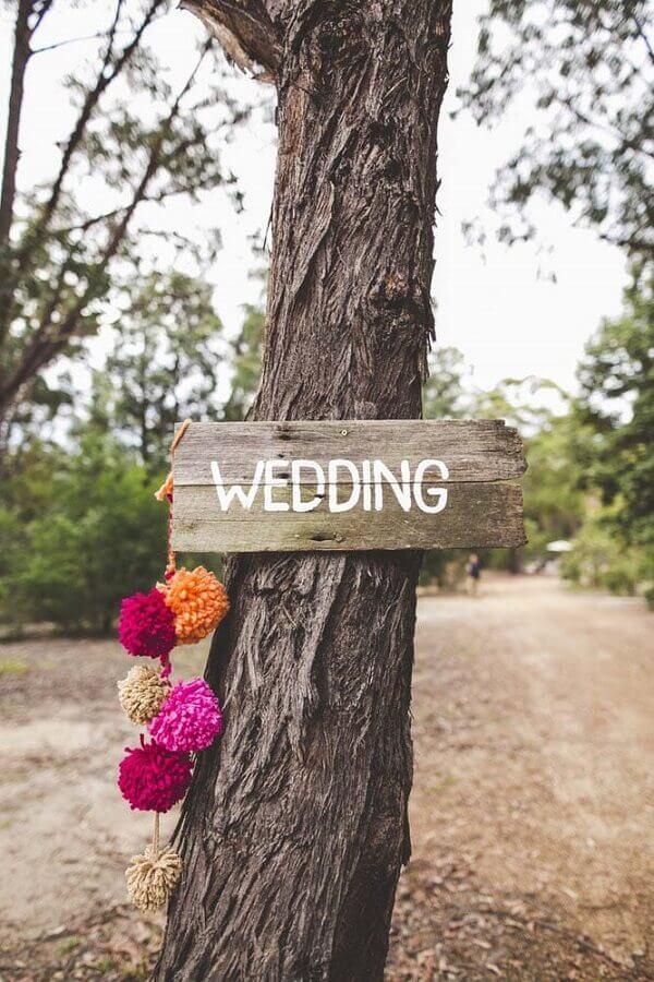 plaquinhas para decoração de casamento simples ao ar livre Foto Party with Lenzo