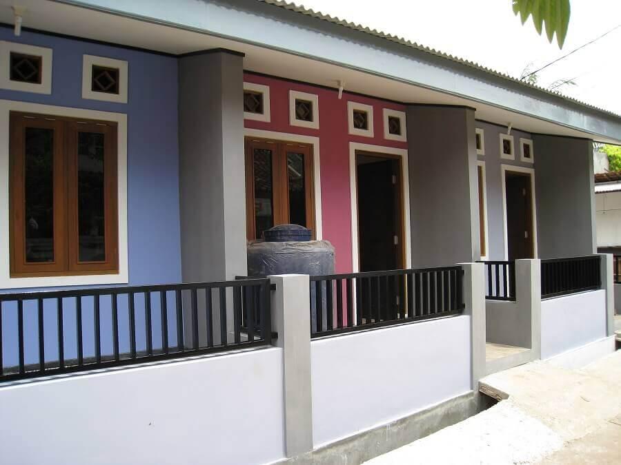 projetos de casas geminadas com casas em cores diferentes Foto DesaininRumah