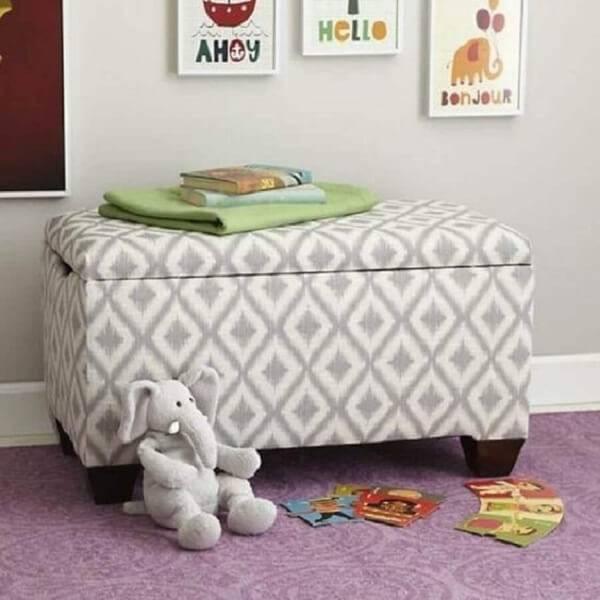 Puff para quarto infantil do tipo baú