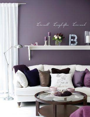 Sala cor lilás
