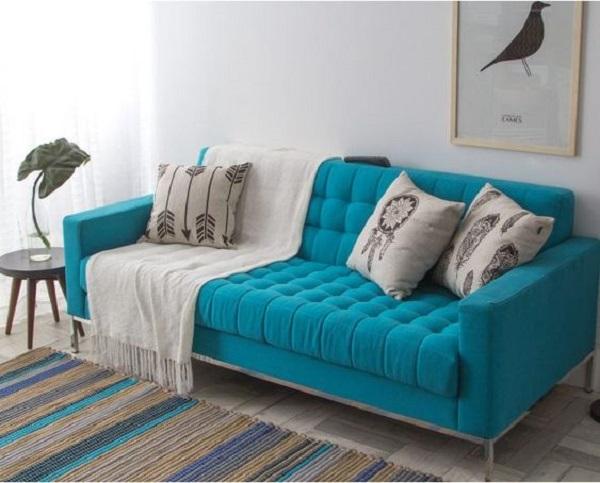 Sofá clássico romântico azul turquesa