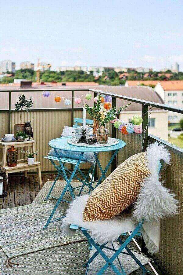 Almofadas fazem toda a diferença na decoração de varanda boho