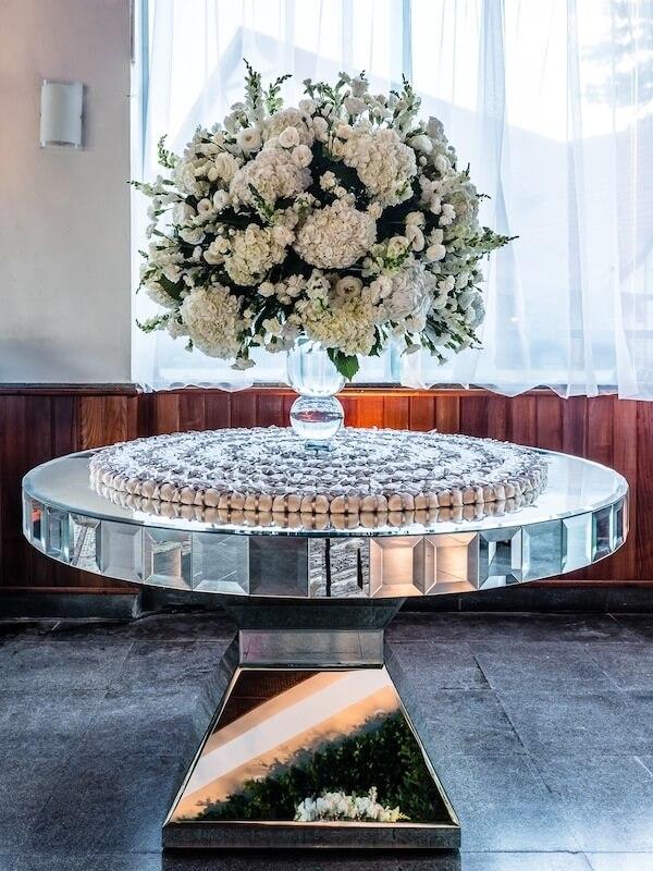 Bodas de prata arranjo grande em mesa
