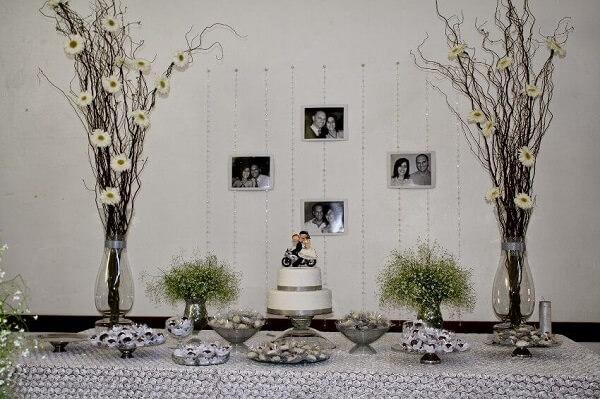 Bodas de prata bolo em mesa