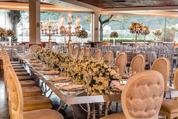 Bodas de prata mesa grande para convidados