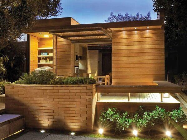 Casa de tijolo ecológico oferece solução sustentável