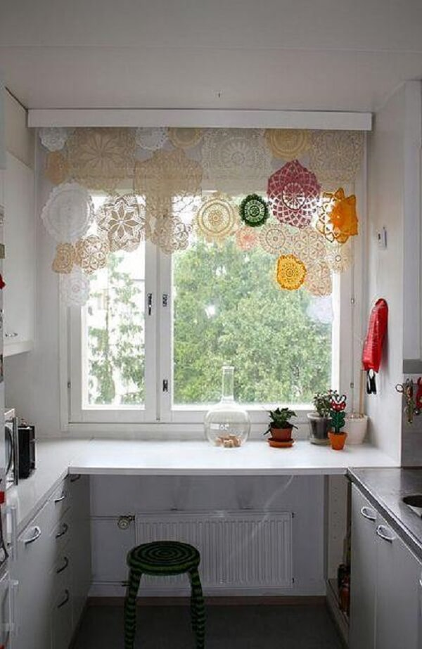 Cortina de crochê para cozinha