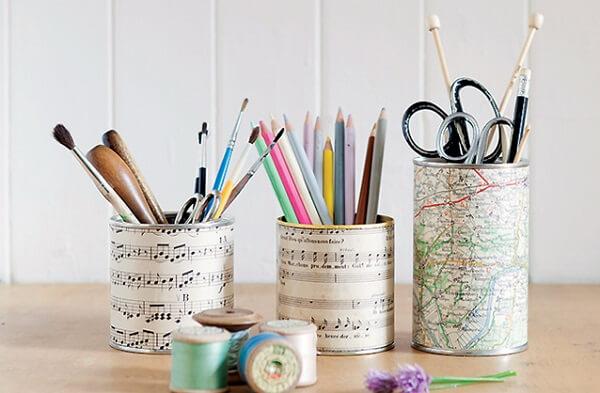 Decore as latas de casa com a técnica de decoupage