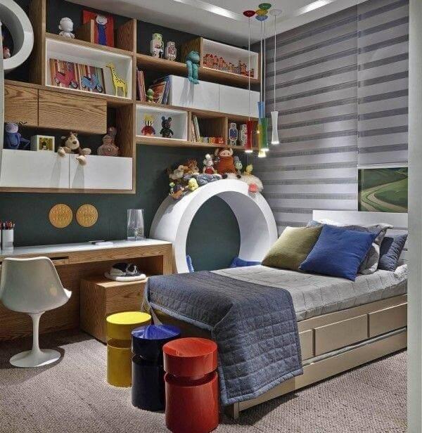 Estante para quarto de solteiro