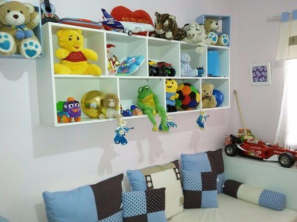 Estante para quarto infantil serve de apoio para inúmeros brinquedos
