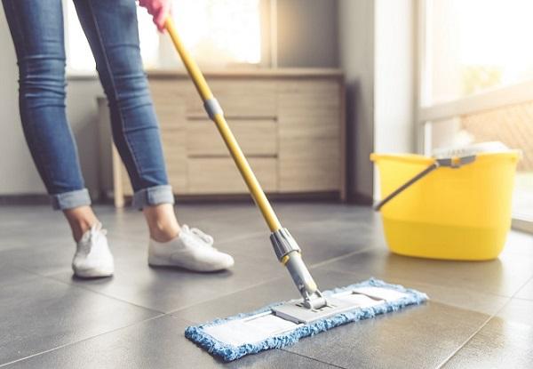 Como limpar porcelanato sem danificar a superfície do piso
