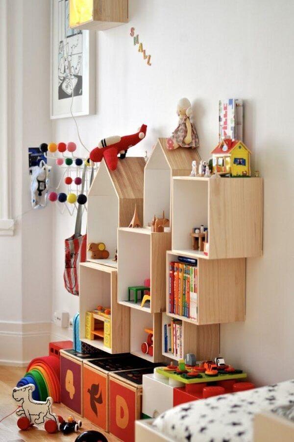 Modelos criativos de estante para quarto infantil