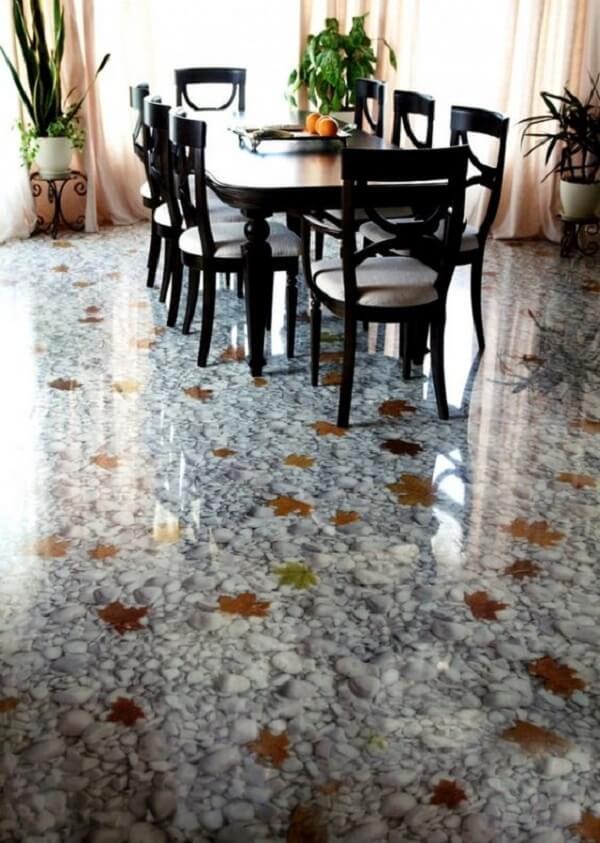 Piso 3D com folhas do outono aplicada na sala de jantar
